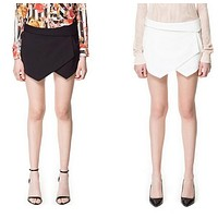 Asymmetrical Geometric Shape Slim Vogue stylish casual street wear shorts