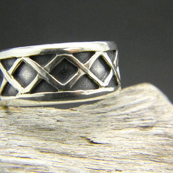 Solid silver geometric ring unisex, small men band ring  size 8 oxidized finish