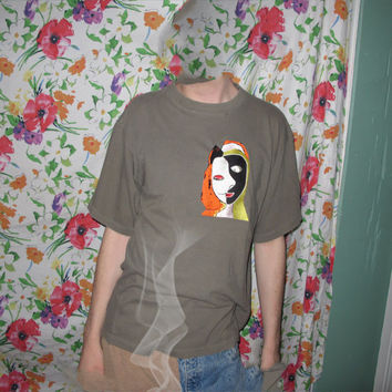picasso embroidery t shirt L