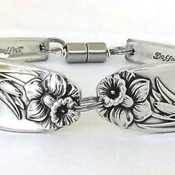 March Birthday Flower DAFFODIL Handmade Spoon Bracelet Jewelry Sterling Silver Plate Antique Handle Upcycled Silverware Repurposed Flatware