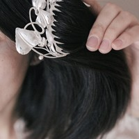 Bridal hair comb in sterling silver - wedding hair comb - leaves and blossom - art nouveau hair comb - nature jewelry - unique wedding