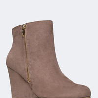 RUSSI WEDGE HEEL