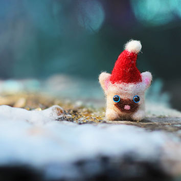 Christmas Cat Ornament, Needle Felted Cat, Christmas Gift, Christmas Decoration, White Felt Cat, Cat Miniature, Felt Ornament, Siamese Cat