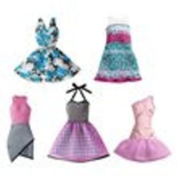 Barbie Fashions Dress Assortment Case