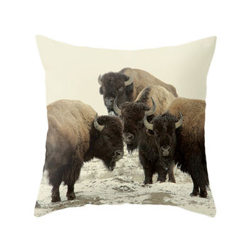 American Buffalo Pillow, Nature Photo, Photo Art, North America, Vintage, Pillow Cover, Cushion Cover, Throw Pillow, Animals, Winter, Snow