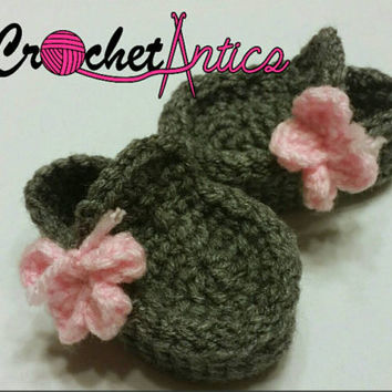 Butterfly loafers, 0-3 months, grey loafers, loafer booties, baby girl booties, grey booties, girl shoes, butterfly shoes, crochet shoes