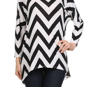 Women's Black and White Chevron Hi-Lo Boatneck Crew Collar Tunic 3/4 Sleeve
