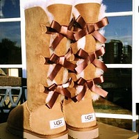 UGG sells fashionable women's three-bow high casual snow boots