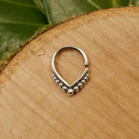 Sterling silver septum ring 1.2mm 16g, tribal nose ring teardrop septum tragus earring daith dotwork silver 925 wire
