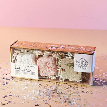 Fig + Moss For UO Herb + Flower Shower Steamer Trio - Urban Outfitters