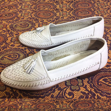 Vintage 1960's 1970's Mens WHITE Woven Giorgio Brutini Slip Hollywood Loafers With Tassels || Mens Size 8 || Ladies Size 9.5