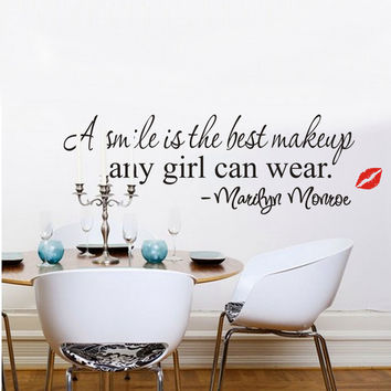 A Smile is the Best Makeup Any Girl Can Wear MARILYN MONROE Wall Decal Decoration Girls Wall sticker