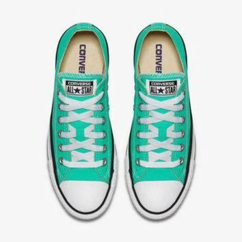 LMFUG7 Converse Chuck Taylor All Star Shoes in Menta Green 155737F