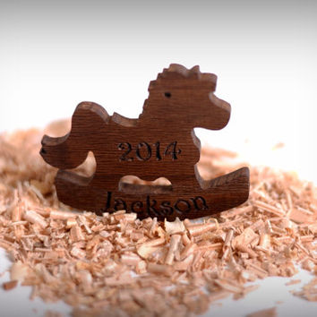 Homemade Christmas Gifts, Christmas Present Ideas, Personalized Christmas Tree Decoration, Wood Rocking Horse Ornament, xmas decorations