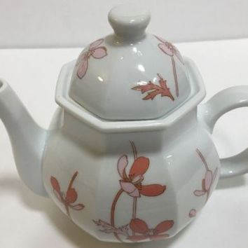 The Toscany Collection Individual Floral White Teapot And Lid Japan