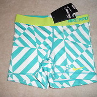 "Nike Pro Core Essentials Compression Shorts 5"" X-Small [XS] Green Spandex NWT"