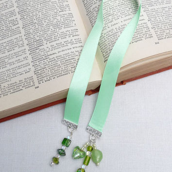 Bookmark, Ribbon, Green, Murano, Czech Glass Beads, handcrafted, Gift Idea, Spring