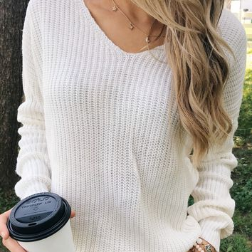 Xoxo Open Back Twist Sweater- Ivory