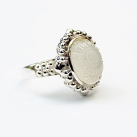 Vintage Frosted Carved Glass SIlver Ring