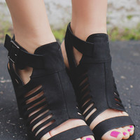 Breaking Point Heels - Black