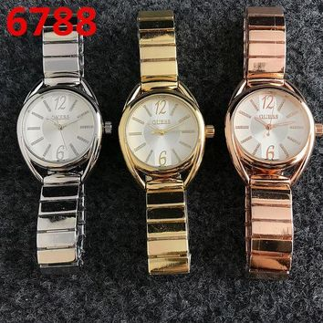 DCCKN7G GUESS Women Fashion Quartz Movement Wristwatch Watch