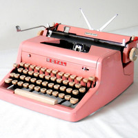 1955 Pink Typewriter Royal Quiet De Luxe with Original Case