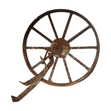Pre-owned Antique Wagon Wheel