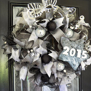 Pre Order 2015 New Years Wreath, New Years Decoration, Holiday Door Hanger