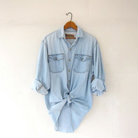 vintage jean shirt. washed out denim shirt. light wash jean shirt. oversized boyfriend shirt. chambray shirt.