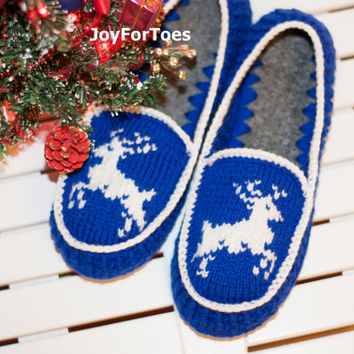 Crochet Men Women Slippers, Christmas gift, xmas, Knitted Deer ornament, Handmade Winter Accessories, Custom made