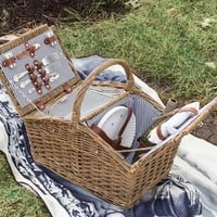Picnic Basket With Cooler