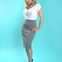 Pinup Couture Pencil Skirt in Houndstooth Print | Pinup Girl Clothing