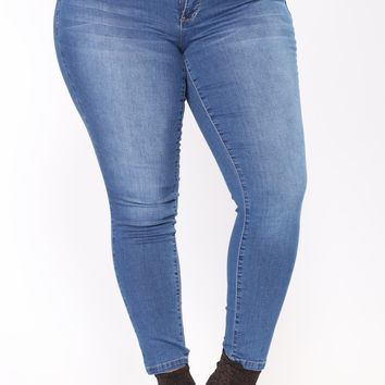 Top Five Booty Lifting Jeans - Medium Blue