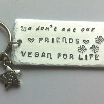 Vegan keyring | Vegan gift | Vegan jewellery | Gift for vegan | Vegan life | Vegetarian | Love Animals gift | Meat free life | Vegan choice