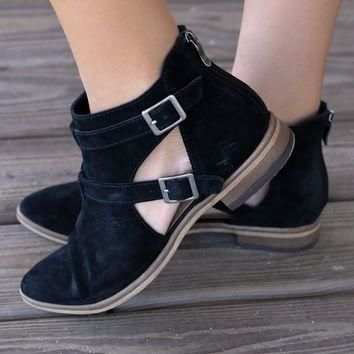 CHINESE LAUNDRY Dandie Black Festival Booties