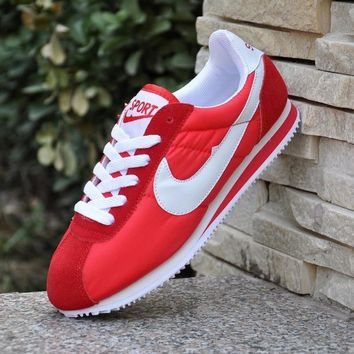Original 2018 Men Women Cortez Light Gym Sport Running Shoes Classic Athletic Trainers Ultra Fitness Stability Sneakers