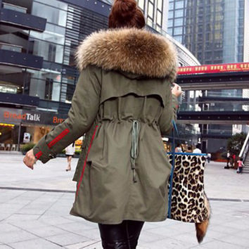 New 2017 Winter Jacket Women Coats Real Large Raccoon Fur Collar Female Parka Army Green Thick Cotton Padded Lining Ladies #E972