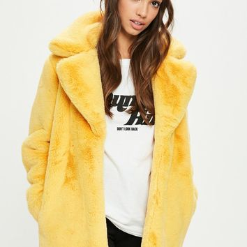 Missguided - Yellow Faux Fur Coat With Collar