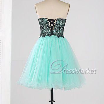 Mint green sweetheart neckline strapless ruffles tulle black applique lace-up homecoming dress,knee length party dress,short prom dress