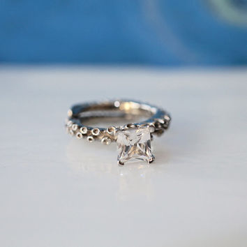 Gold Octopus Tentacle jewelry, gold engagement Ring with a white sapphire, adjustable Engagement Ring by Zulasurfing