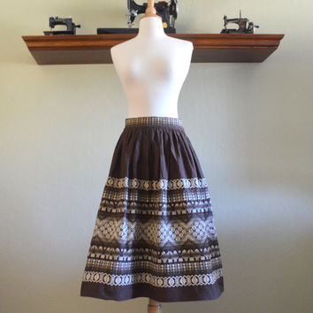 Vintage Mexican Skirt, Brown and White Embroidered Linen Full Skirt , Stunning Ethnic Folk Art Bird Embroidery, 1950s - 1960s