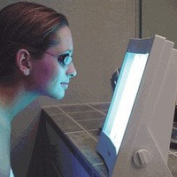 Verseo Face Tanner - the best face lamp for an instant tan at home
