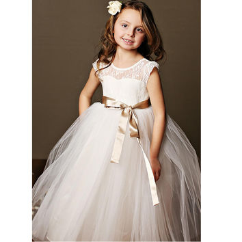 2016 Floor Length Ball Gown Flower Girl Dresses Brown Ribbon Belt Lace Cap Sleeves First Communion Dresses For Girls