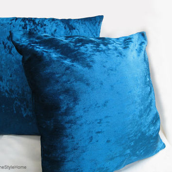 2 Pieces Set. Turquoise Velvet Pillow Covers Set. Luxury Throw Cushion Covers. 2 Tones Effect