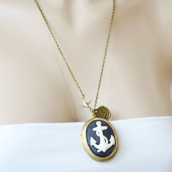 anchor locket,personalized locket pendant,bridesmaid gift,long anchor jewelry,customized jewelry,nautical anchor jewelry,vintage inspired