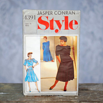 Vintage Style 4391 Sewing Pattern Evening Dress Jasper Conran 1980s Pullover Boat Neck Full Skirted Drop Waisted Dress