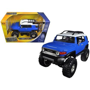 Toyota FJ Cruiser High Profile Off Road Series 1:24 Diecast Model Car by Jada
