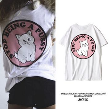 Lovely cat sweet pink middle finger short sleeve T-shirt street leisure girlfriends in harajuku half sleeve