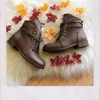 Briston Boots- Brown