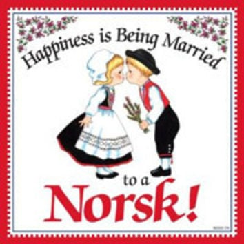 Kitchen Wall Plaques: Happily Married Norsk